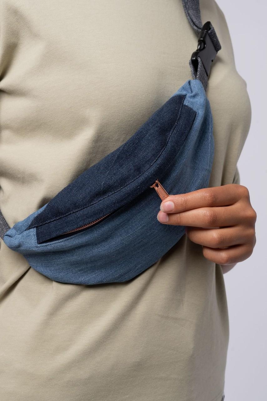 Unisex Hipbag aus recycelten Jeans