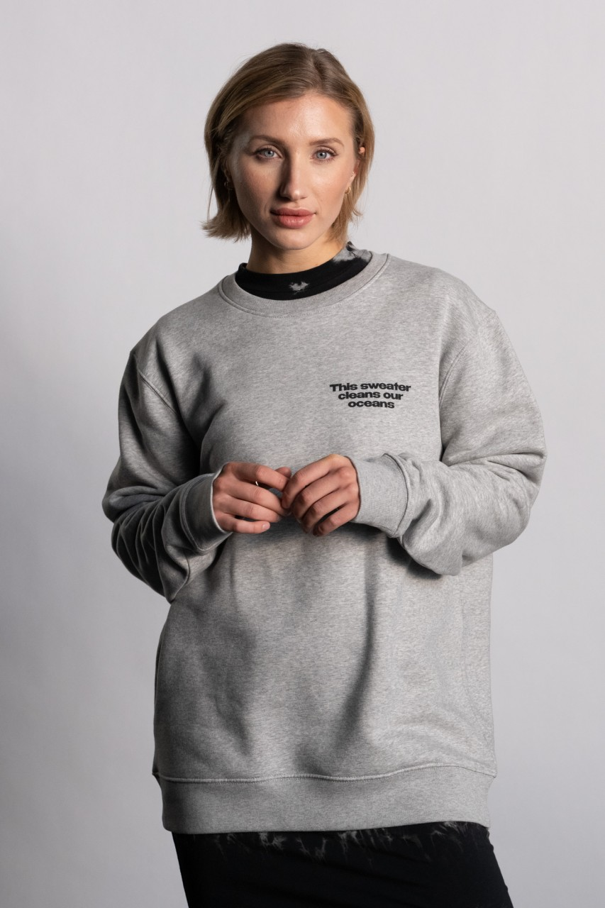 This sweater cleans our oceans