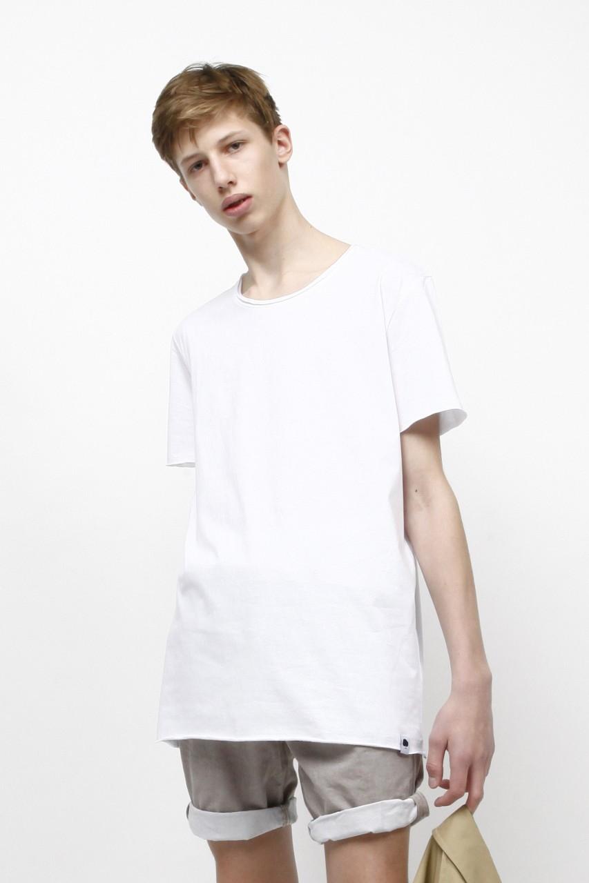 Légeres T-Shirt mit speziellen Nähten aus Bio Baumwolle